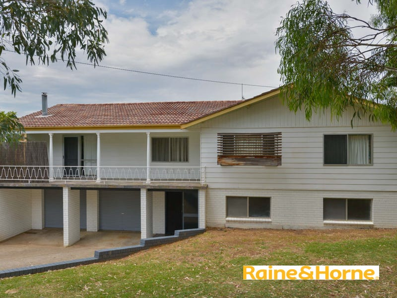 9 Carmichael Ave, Tamworth, NSW 2340