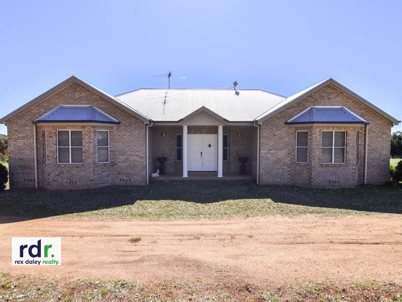 75 Wolbah Close, Inverell, NSW 2360