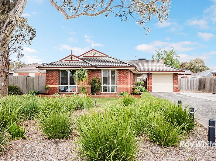 44 Carboni Crescent, Lynbrook, Vic 3975