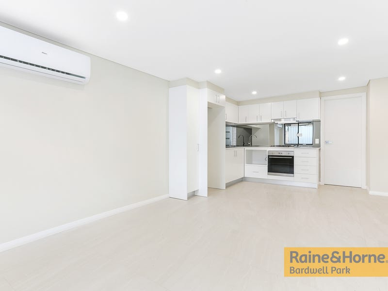 120B Moorefields Road, Kingsgrove, NSW 2208