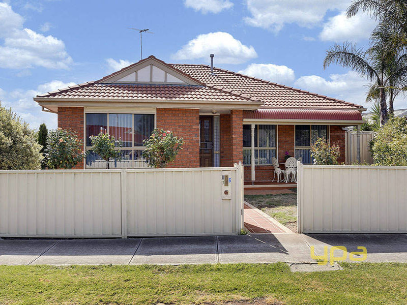 1/6 Oarsome Drive, Delahey, Vic 3037