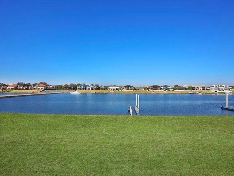 29 Harbourside Crescent, Port Macquarie, NSW 2444