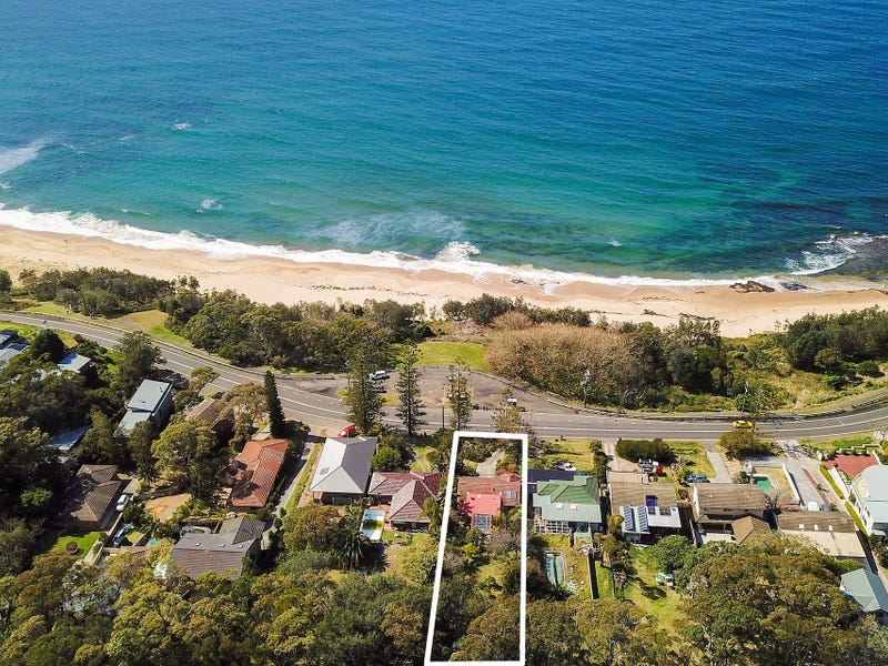 810  Lawrence Hargrave Drive, Coledale, NSW 2515