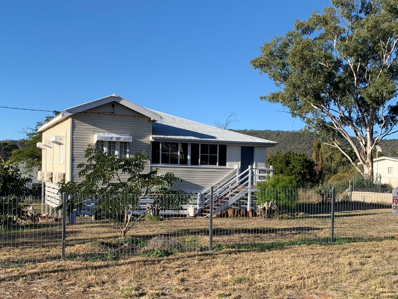 16 South Calliope Street, Springsure, Qld 4722