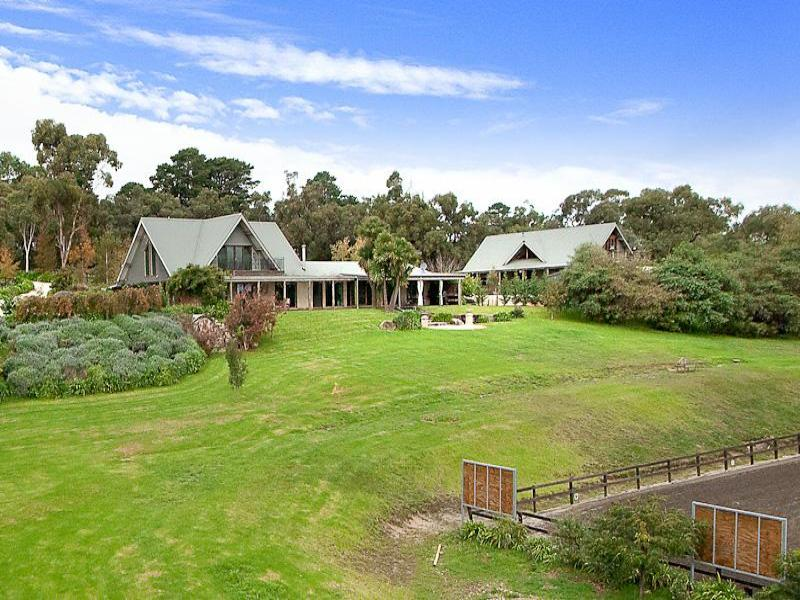 187 Split Rock Road, Beaconsfield Upper, Vic 3808
