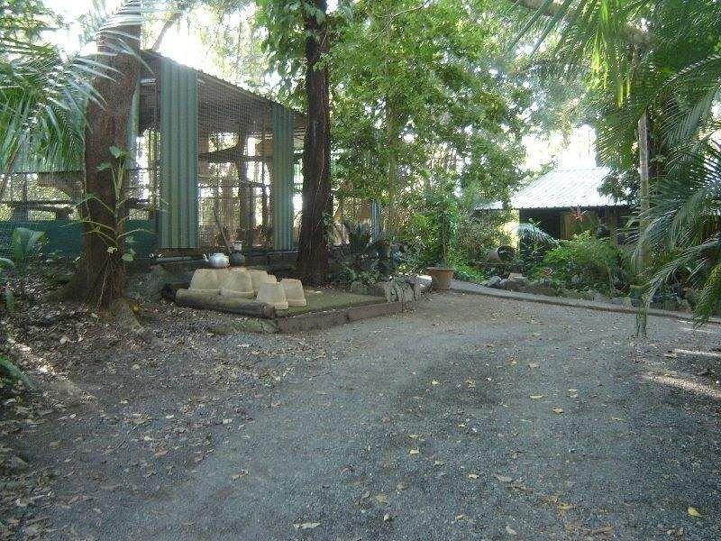 1992 Bruce Highway, The Leap, Qld 4740