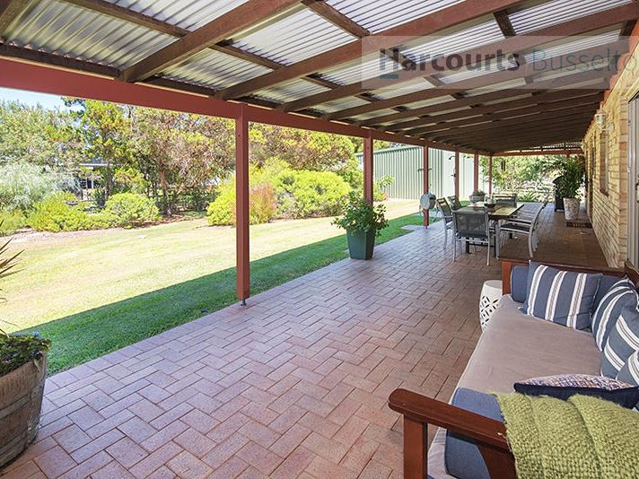 36 Kalgaritch Avenue, West Busselton, WA 6280