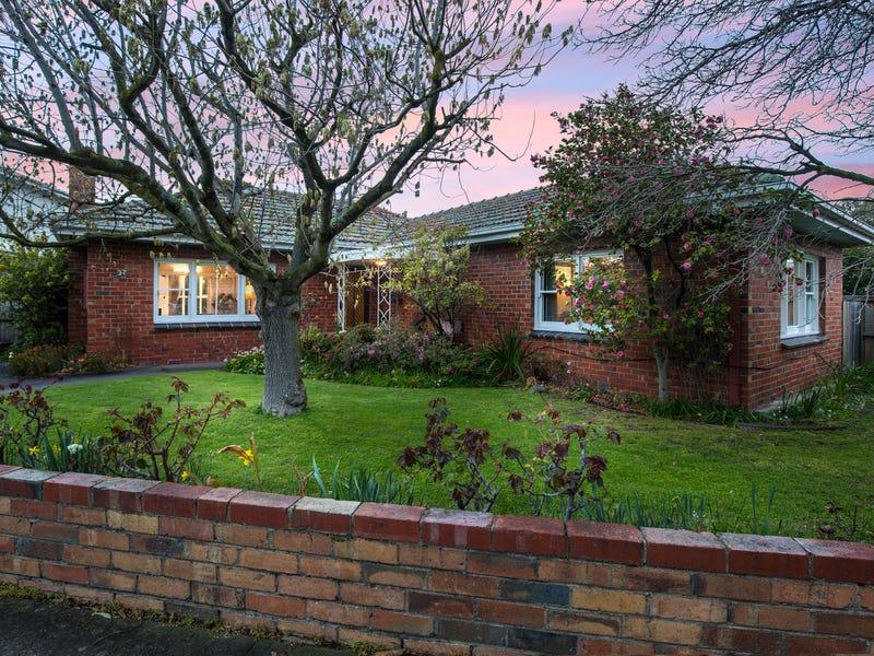 37 Glenbervie Road, Strathmore, Vic 3041
