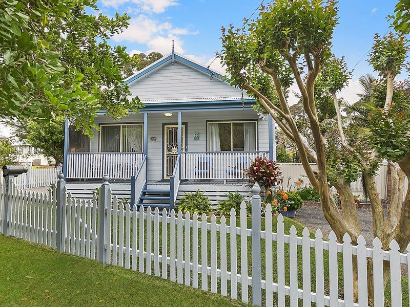 208 Buff Point Avenue, Buff Point, NSW 2262