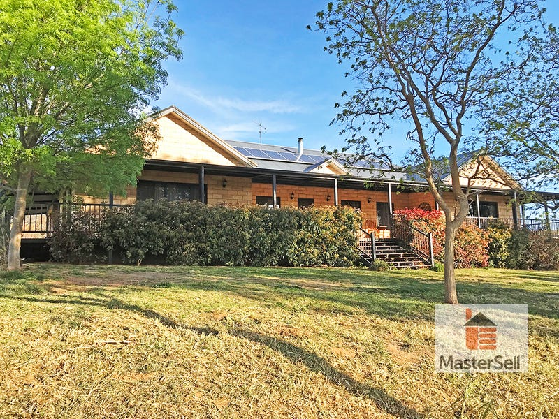 65 Middle Street, South Gundagai, NSW 2722