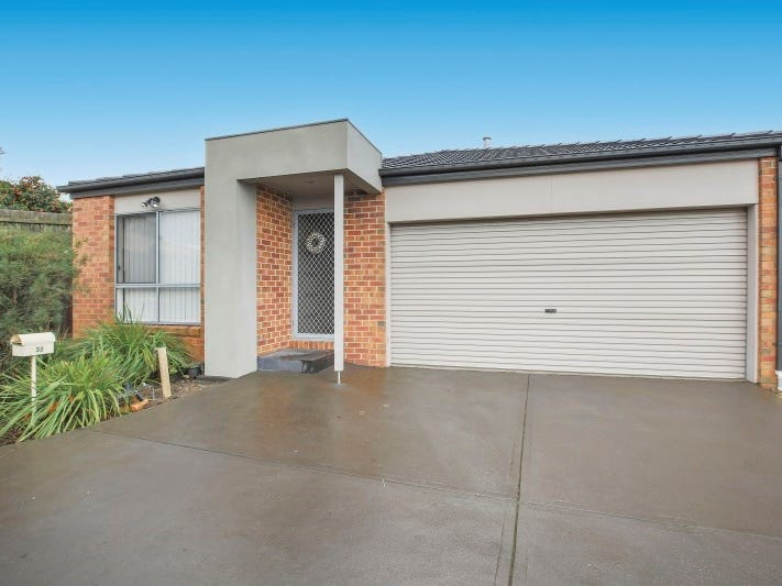 Unit 32, 11 Hawk Avenue, Pakenham, Vic 3810