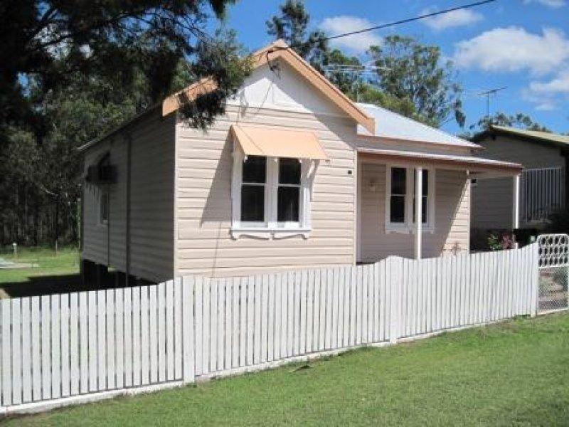 12 Ellalong Road, Pelton, NSW 2325