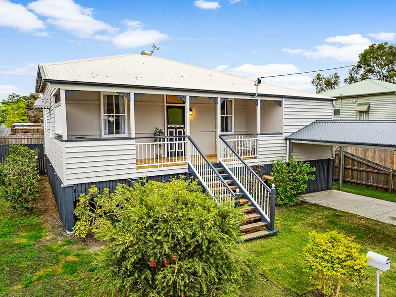 5a Thompson Street, Silkstone, Qld 4304