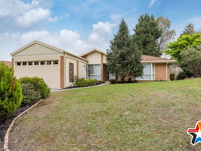 121 Lakeview Drive, Lilydale, Vic 3140