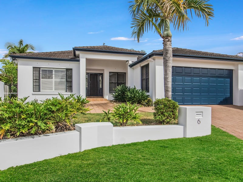 6 Moonraker Street, Clear Island Waters, Qld 4226