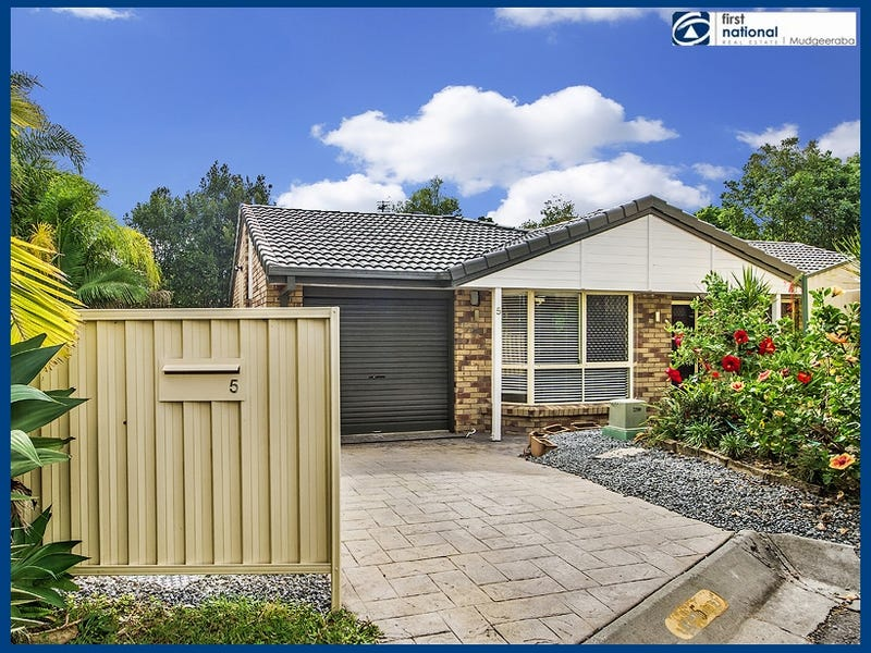 5 Scotia Place, Merrimac, Qld 4226