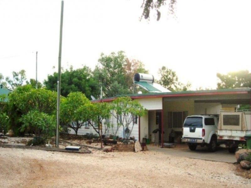 97 Heritage Road, Rubyvale, Qld 4702