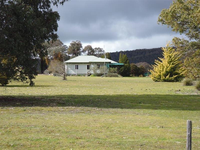 1687 Kangarooby Road, Gooloogong, NSW 2805