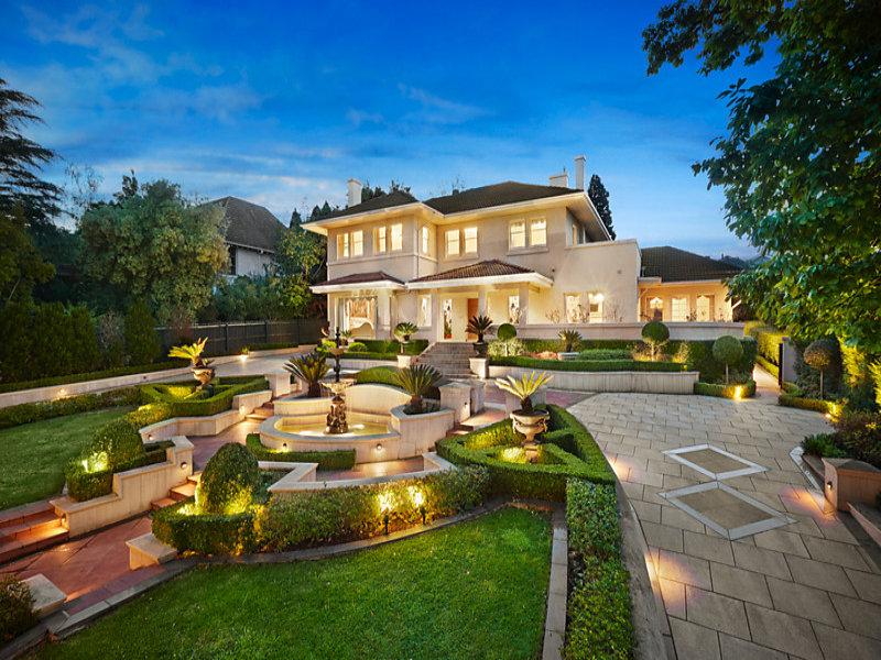 15 linlithgow road toorak vic 3142 property details for Decoration villa de luxe