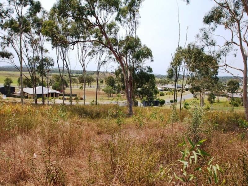 15 Hitching Rail Drive, Tanby