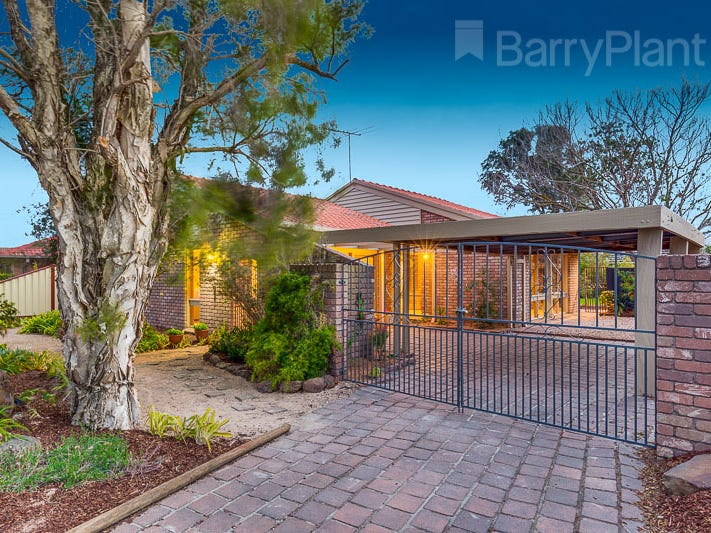 17 Goodwood Drive, Keilor Downs, Vic 3038