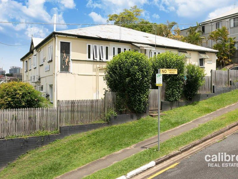 2  Rochester Terrace, Kelvin Grove, Qld 4059
