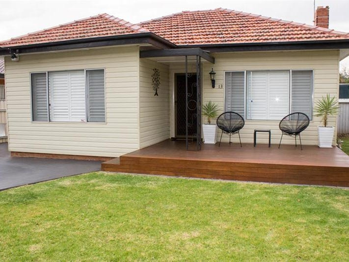 13 Hutchins Ave, Dubbo, NSW 2830