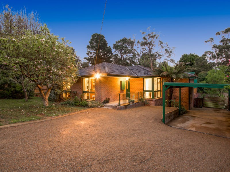 11 Bailey Road, Mount Evelyn, Vic 3796