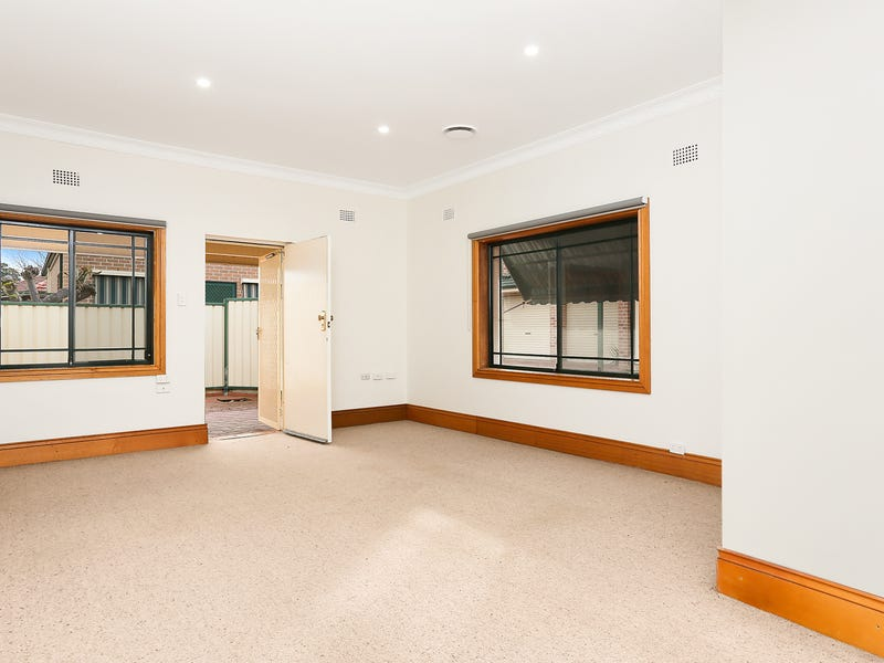 895 King Georges Road, South Hurstville, NSW 2221