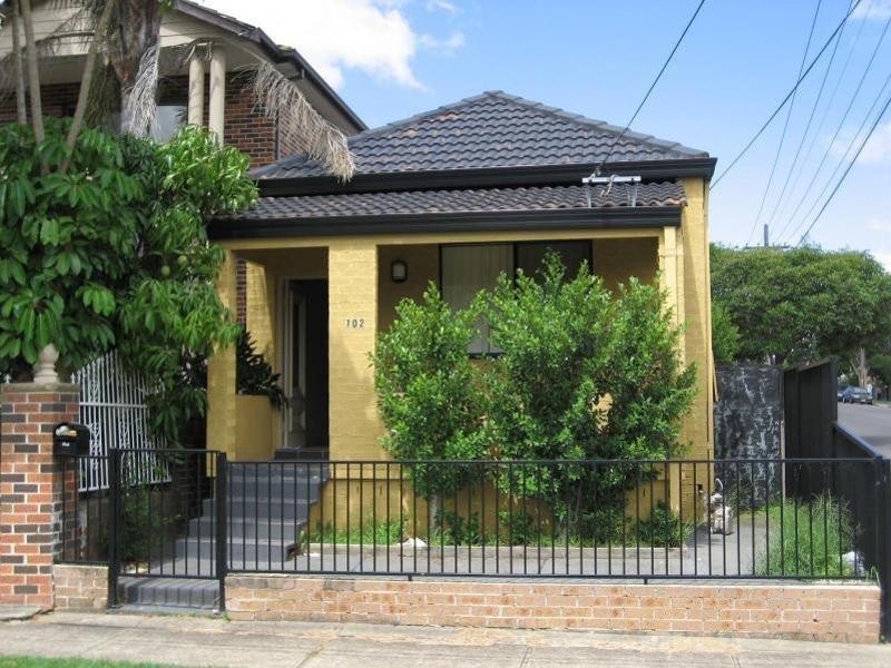 102 Cumberland road, Auburn, NSW 2144