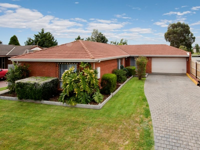 12 Bloxham Court Hoppers Crossing Vic 3029 Property