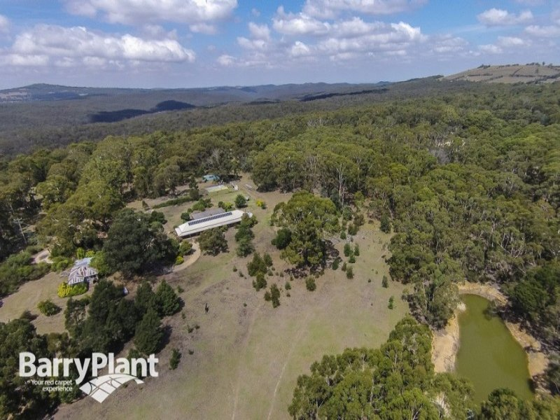74 Walsh Road, Bullengarook, Vic 3437
