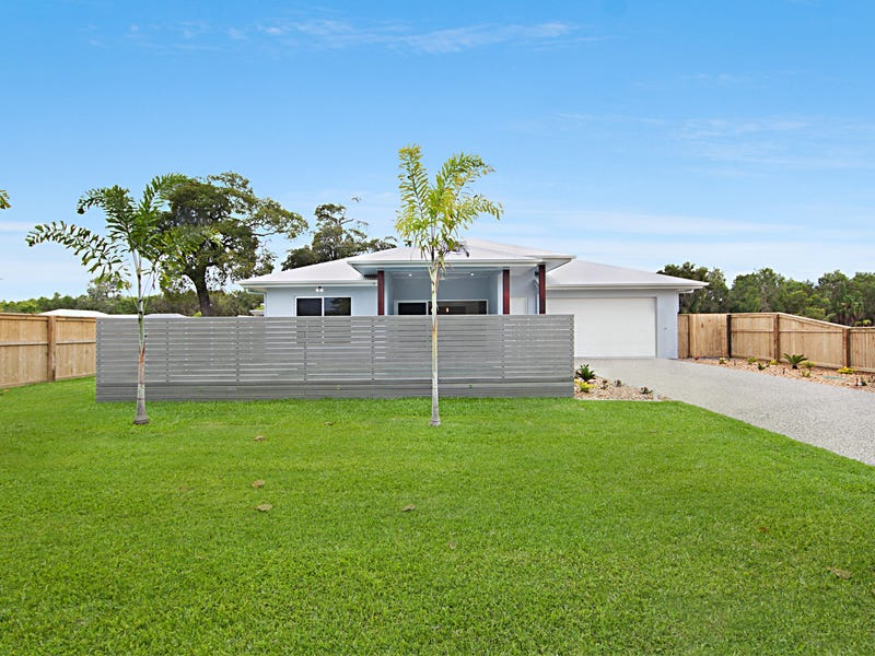 17 Dune Parade, Bushland Beach, Qld 4818