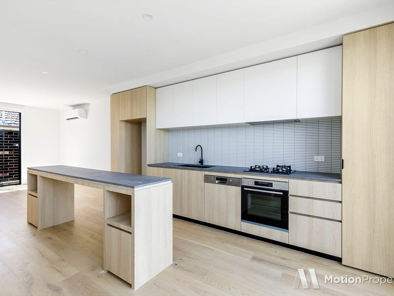 211/711 Barkly Street, West Footscray, Vic 3012
