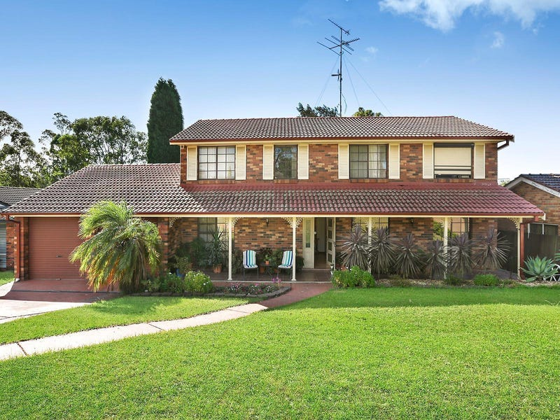 8 Derwent Place, Bossley Park, NSW 2176