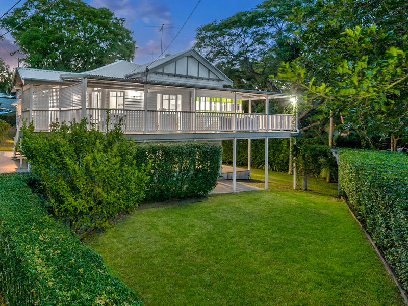 24 Walker Avenue, Teneriffe, Qld 4005