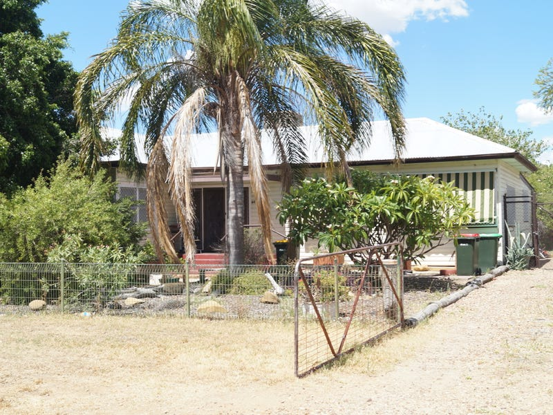 64 Oak Street, Moree, NSW 2400