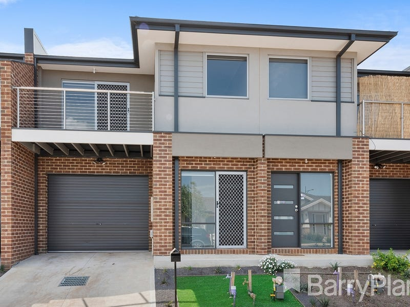 2/16 Marble Drive, Cobblebank, Vic 3338