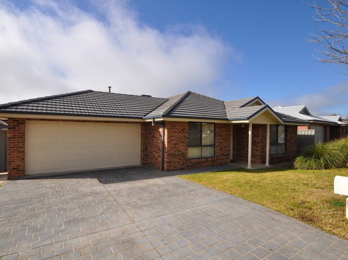 5 Swallow Street, Thurgoona, NSW 2640