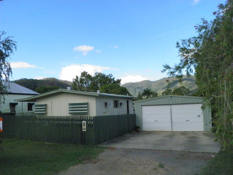 96 Connor Street, Koongal, Qld 4701
