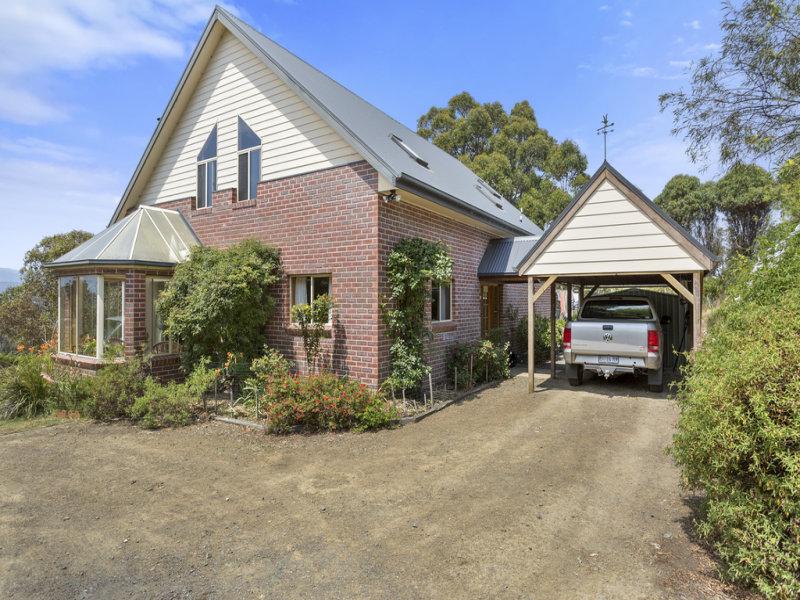 233 Cross Road, Lucaston, Tas 7109