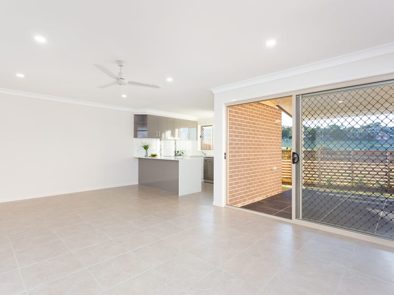 3/21  Gordon Avenue, Newtown, Qld 4350