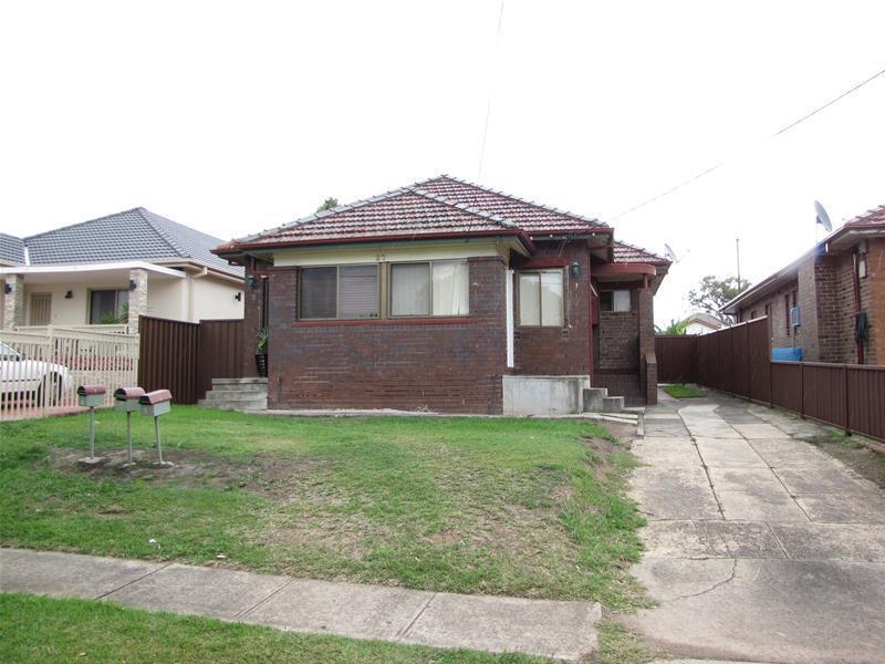 27 KAMIRA Avenue, Villawood, NSW 2163
