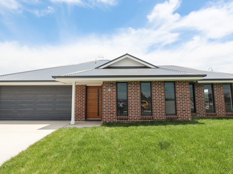 8 Templer Way, Eglinton, NSW 2795