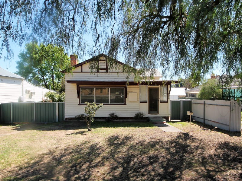21 Ripon Street, Young, NSW 2594