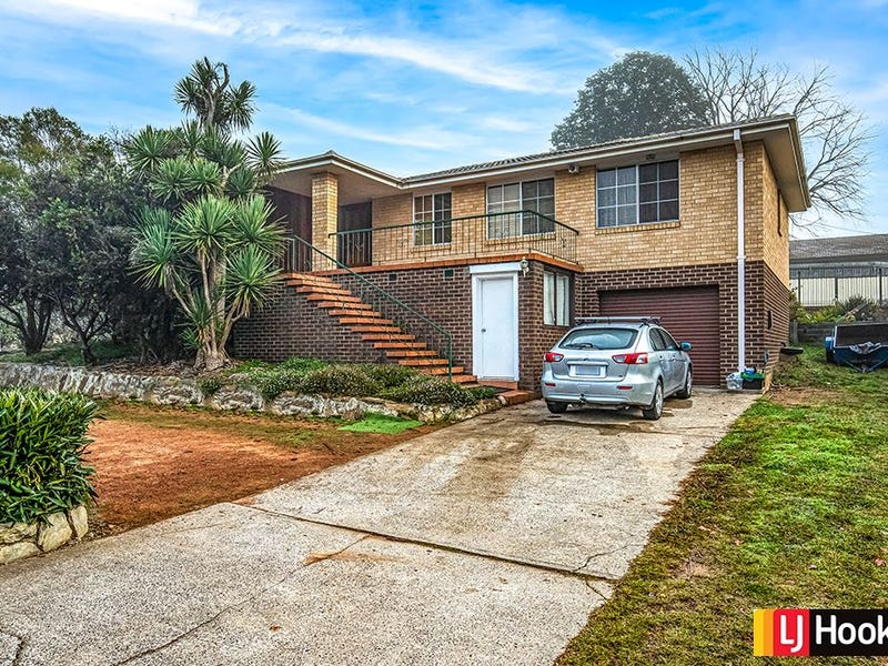 20 Armstrong Crescent, Holt, ACT 2615