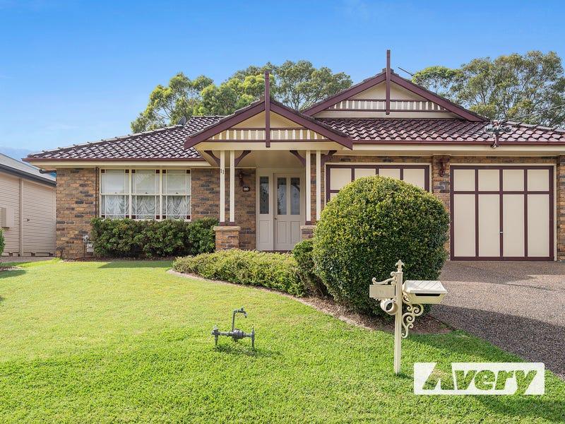 11 Sandra Street, Fennell Bay, NSW 2283