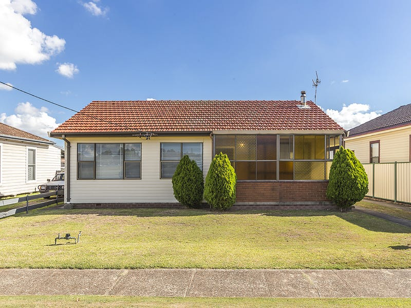 32 Boreas Road, Hamilton North, NSW 2292