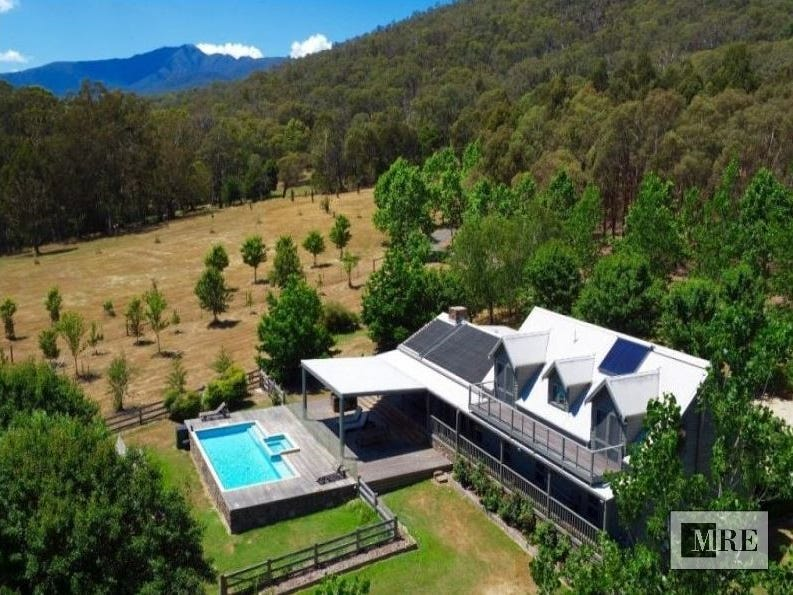 2475 Mount Buller Road, Merrijig, Vic 3723