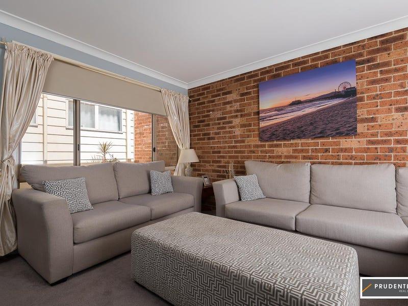 32B Chalcedony Street, Eagle Vale, NSW 2558